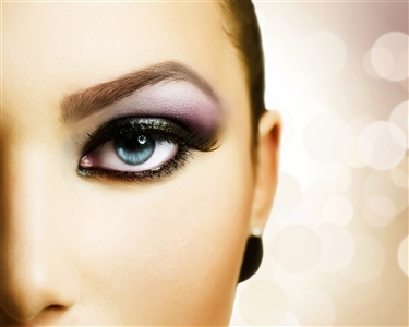 SOS Sobrancelha + Special Make Up