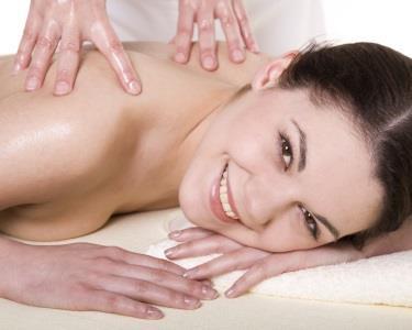 Massagem de Relaxamento Corpo Inteiro com Óleos & Velas Aromáticas