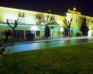 Fuga no Comfort Inn Fafe - Guimarães