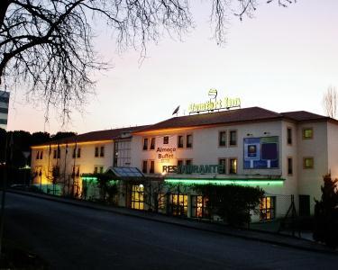 Fuga no Comfort Inn Braga