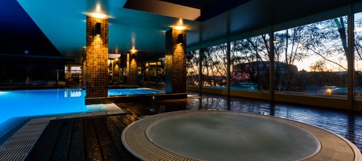 Noite Romântica c/ Piscina Interior | Santana Hotel & SPA 4*