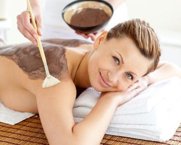 Envolvimento e Massagem de Chocolate