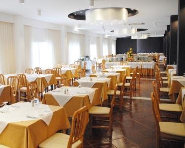 Noite&Jantar à Beira-Mar em Peniche