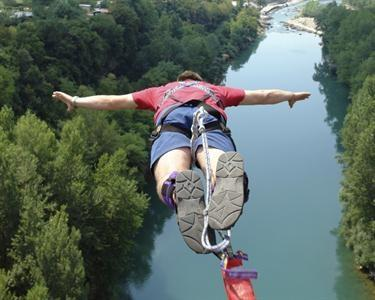 Bungee Jump - Go to Water