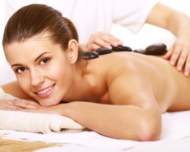 Esfoliação Corporal + Massagem de Pedras Frias com Óleos Quentes | 1h15