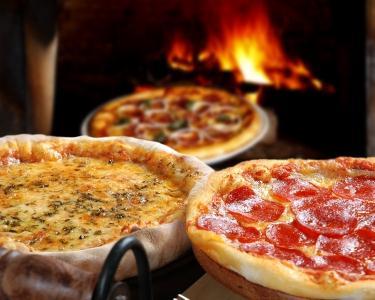 Rodízio de Pizzas a Dois & Música ao Vivo