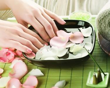 Manicure & Pedicure - Verniz de Gel