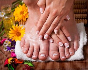 Manicure & Pedicure - Beleza Total
