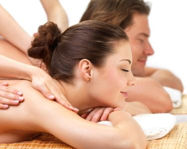 Relax Massage for Two - 45 Minutos