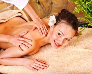 Massagem Terapêutica à Coluna