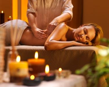 Massagem Exótica ou Óleos Essenciais