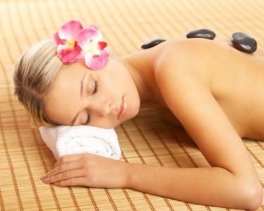 Limpeza de Rosto & Massagem Hot Stones