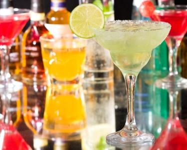 12 Cocktail's Tasting & 2 Sweet's