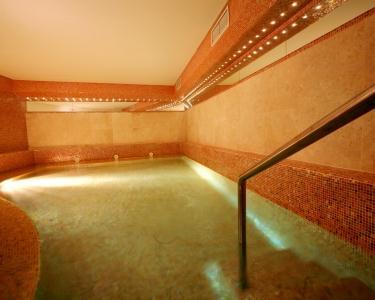 Romance com Vista Mar no Sesimbra Hotel & SPA 4* - Noite & SPA