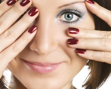 Manicure com Verniz Gel