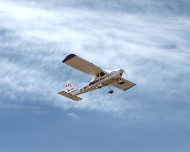 Experiência de Voo em Avião | Descubra os Céus!