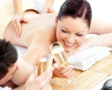 Massage for 2 - Champagne & Bombons