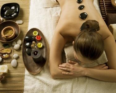 Massagem Terapêutica (Especial Costas) + Pedras Quentes