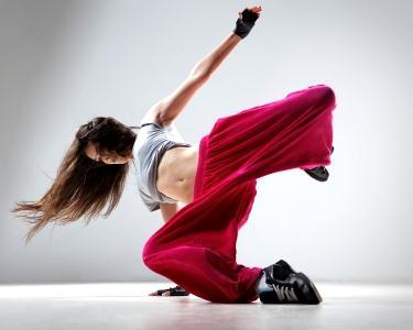 1 Mês de Zumba Fitness - Dance&Move