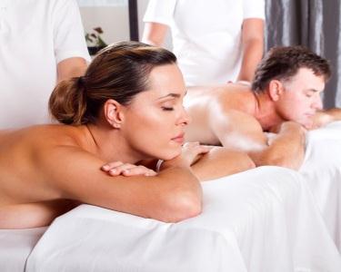 Massagem a 4 Mãos para Casal