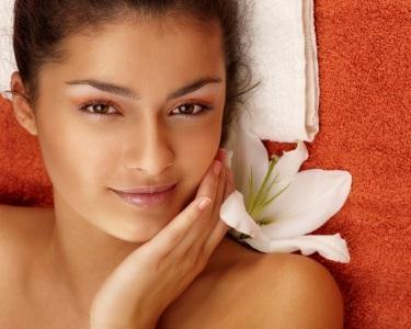 Limpeza de Pele Com Extracção e Hidratação Profunda + Ampola