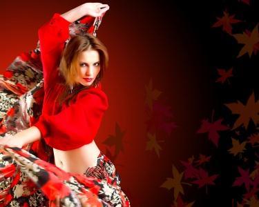 1 Mês de Flamenco e Sevilhanas ou Dança Oriental