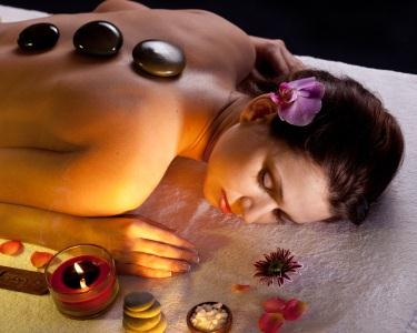 Massagem Docinho de Natal - Hot Stones Massage