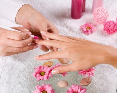 2 Manicures | Mãos Perfeitas