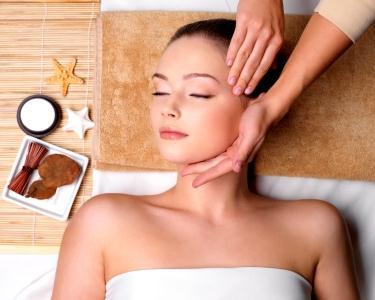 Limpeza de Rosto com Massagem Facial