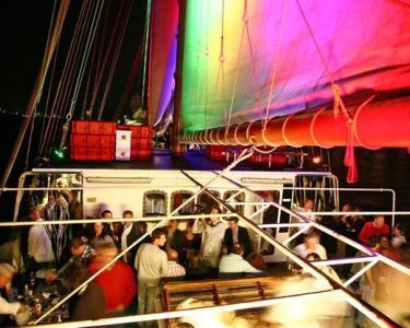 Love Boat Party para Solteiros ou Casais - Especial S. Valentim