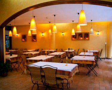 Vegetariano Buffet | Alfarroba Lunch