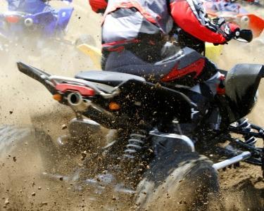 Adrenalina em Moto4 a Dois