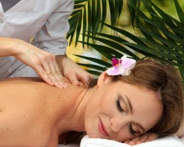 Hot & Relax Massage - 50 Minutos