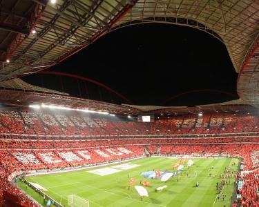 SL Benfica x Newcastle Utd. FC – Bilhete VIP & 1 Noite no Dom Pedro Palace Lisboa 5*