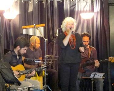 'Rádio Brasil' no Teatro Villaret