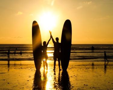 Aula de Surf a Dois | Ondas �� Vista!