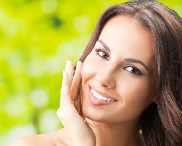 7 Tratamentos de Rosto c/ Radiofrequência & Massagem   1 Hora