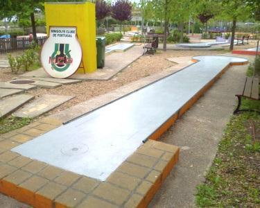 Circuito de Minigolfe para 4 Pessoas | Miraflores - Lisboa