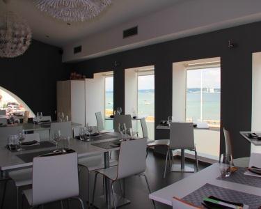 Jantar a Dois no Gaijin Sushi Bar - Vista Mar
