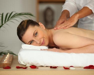 Massagem Terapêutica Russa & Óleo de Hortelã Quente