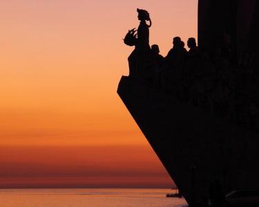 Passeio de barco no Tejo   Doca de Belém - Cristo Rei