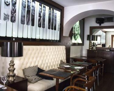 Pizzas Caseiras a Dois | New Black - Chiado