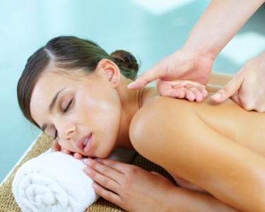 Massagem Relaxante e Hidratante de Corpo Inteiro com Ritual de Chá