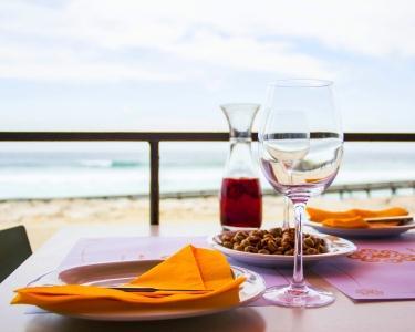 Sunset Party na Costa | DJ & Petiscos para Dois