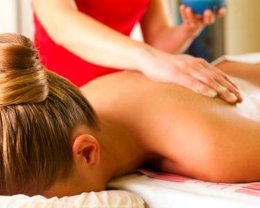 2 Sessões de Massagem: Terapêutica Ou Relaxamento | 1h Cada