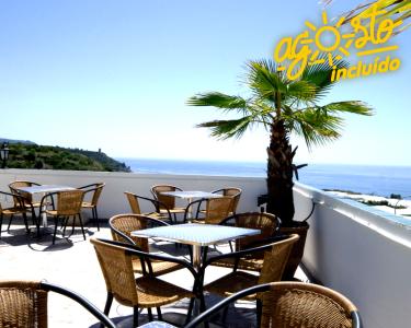 Hotel Playamaro - 2 Noites e Jantar no Sul de Espanha