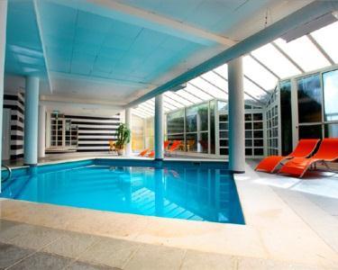 Baía Cristal Beach & Spa Resort 4*- 2 ou 3 Noites em Meia-Pensão