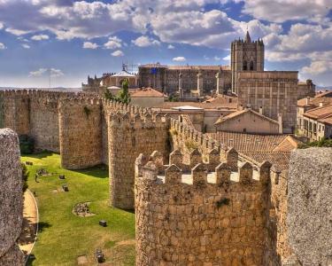 Ávila | 2 Nts Hostería del Mudéjar & Passeio Tuk-Tuk