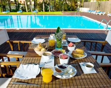 Praia, Piscina e Férias 4* no Hotel Mira Villas | 1 a 5 Noites