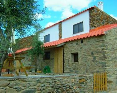 Descubra Portugal - Noite em T1 nas Casas de Xisto